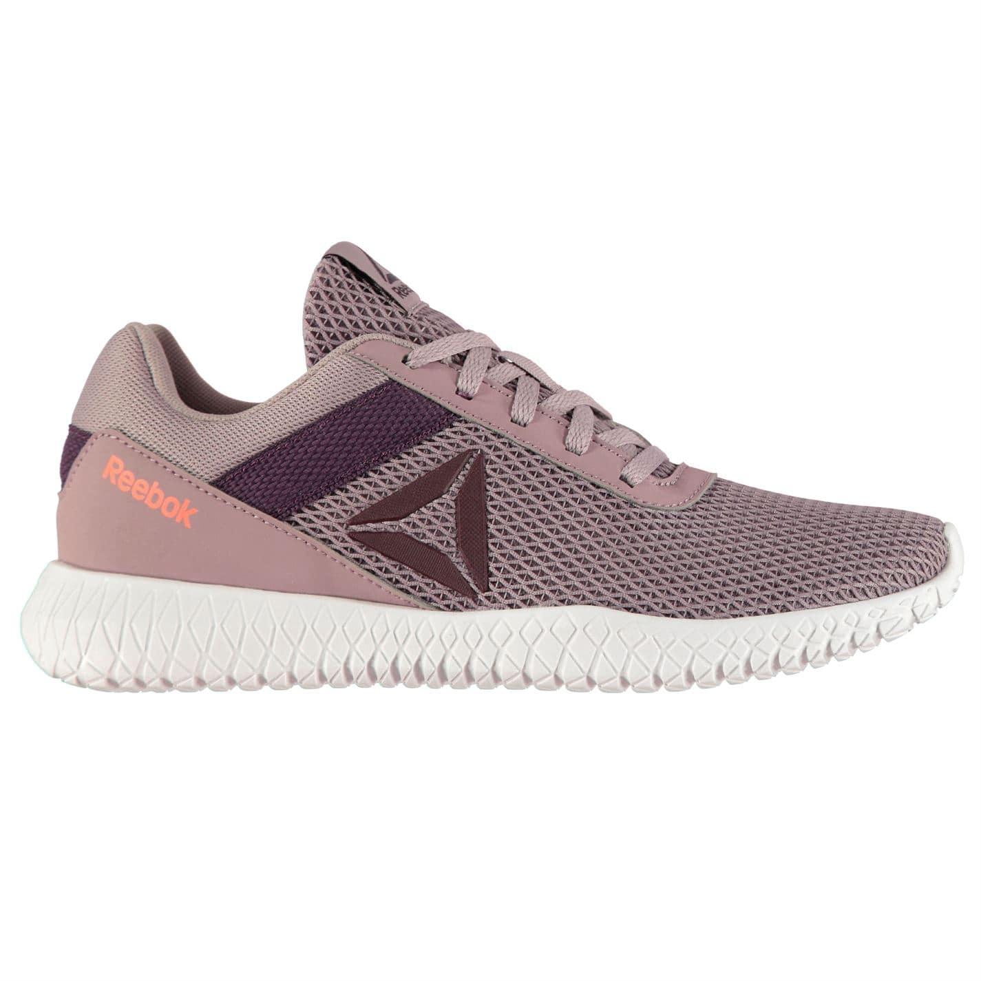 Adidasi pentru fitness femei