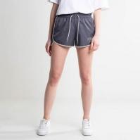 Mergi la Pantaloni scurti Nike Sportswear Short Varsity femei