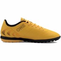 Adidasi fotbal Puma One 204 TT 105833 01