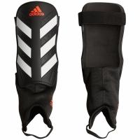 Aparatori fotbal Adidas Everclub CW5564 teamwear adidas teamwear