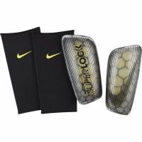 Aparatori fotbal Nike Mercurial Flylite Super Lock SP2160 060