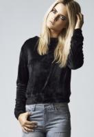 Bluze scurte tip catifea cu maneca lunga pentru Femei negru Urban Classics