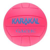 Minge Karakal First Touch Gaelic