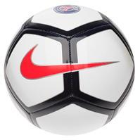 Nike Team Pitch fotbal