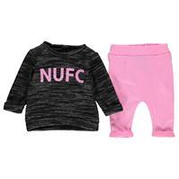 Set bebelusi NUFC Logo 2 Piece pentru fete