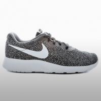 Adidasi sport Nike Tanjun Se Barbati