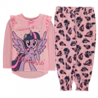 Pijamale cu personaje