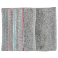 Prosop Linens and Lace Border Stitch
