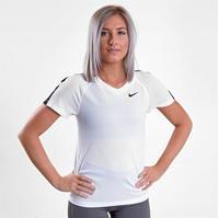 Mergi la Tricou maneca scurta Nike pentru Femei
