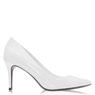 Calvin Klein Gazel Pump Patent din piele Heels alb