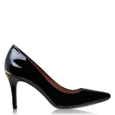 Calvin Klein Gazel Pump Patent din piele Heels negru