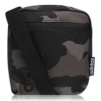 Geanta adidas Essentials Linear Organizer camuflaj negru