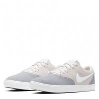 Nike SB Check Solarsoft Skate Shoe pentru femei gri alb
