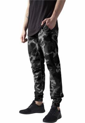 Pantaloni jogger barbati camuflaj Urban Classics