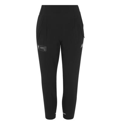 Pantaloni jogging New Balance London Edition pentru Femei negru