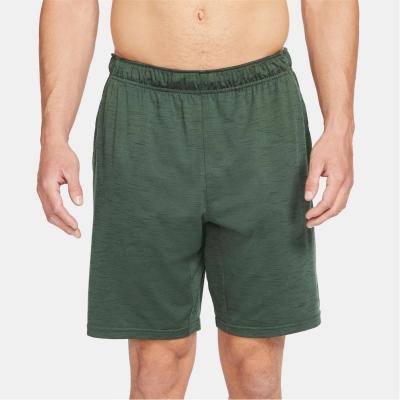 Pantaloni scurti Nike Yoga Dri-FIT pentru Barbati verde sequoia