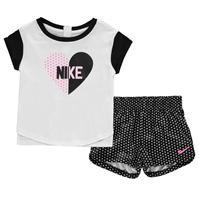 Pantaloni scurti Tricou Nike Heart and Set pentru Bebelusi Fete