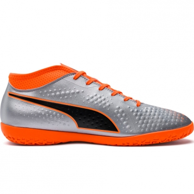 Ghete fotbal sala fotbal Puma One 4 Son IT 104750 01 barbati