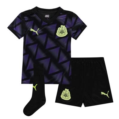 Puma Newcastle United Third Kit 2020 2021 pentru Bebelusi mov negru