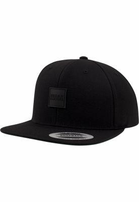 Sepci snapback cu accesoriu piele ecologica negru-negru Urban Classics