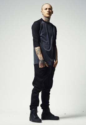 Tricou contrast cu maneci trei sferturi gri-carbune Urban Classics negru