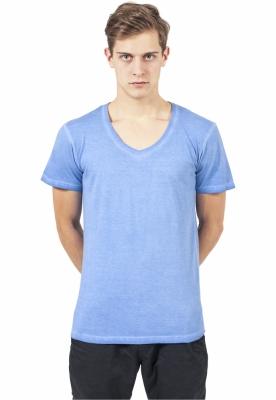 Tricou cu decolteu in V Spray Dye albastru-deschis Urban Classics