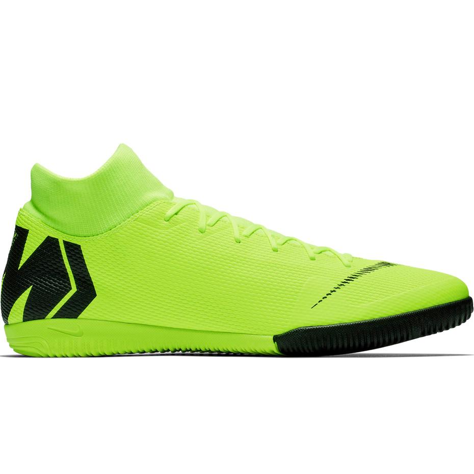 Mergi la Adidasi fotbal sala Nike Mercurial Superfly 6 Academy IC AH7369 701 barbati