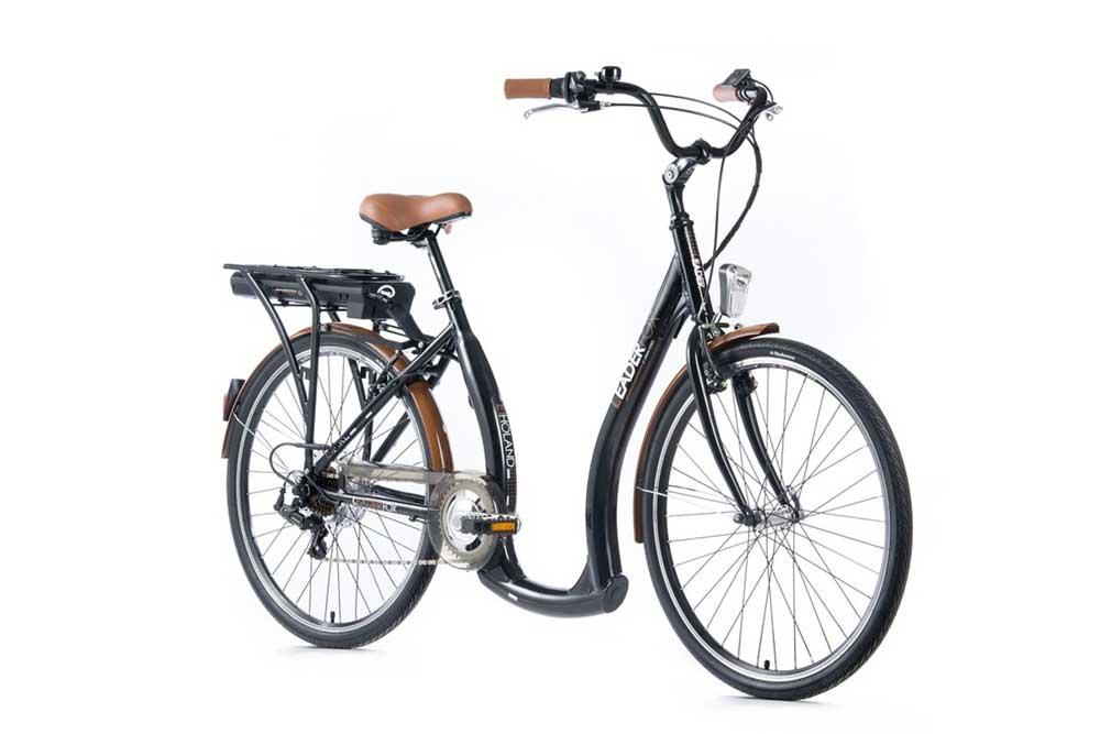 Cautand o femeie electrica de biciclete)