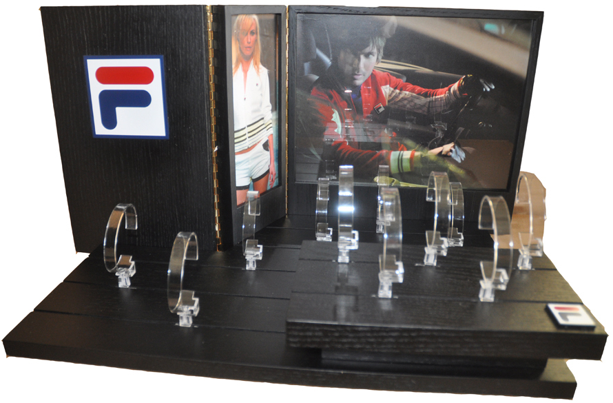 Fila Panel Display - 2 Levels 11 Watches