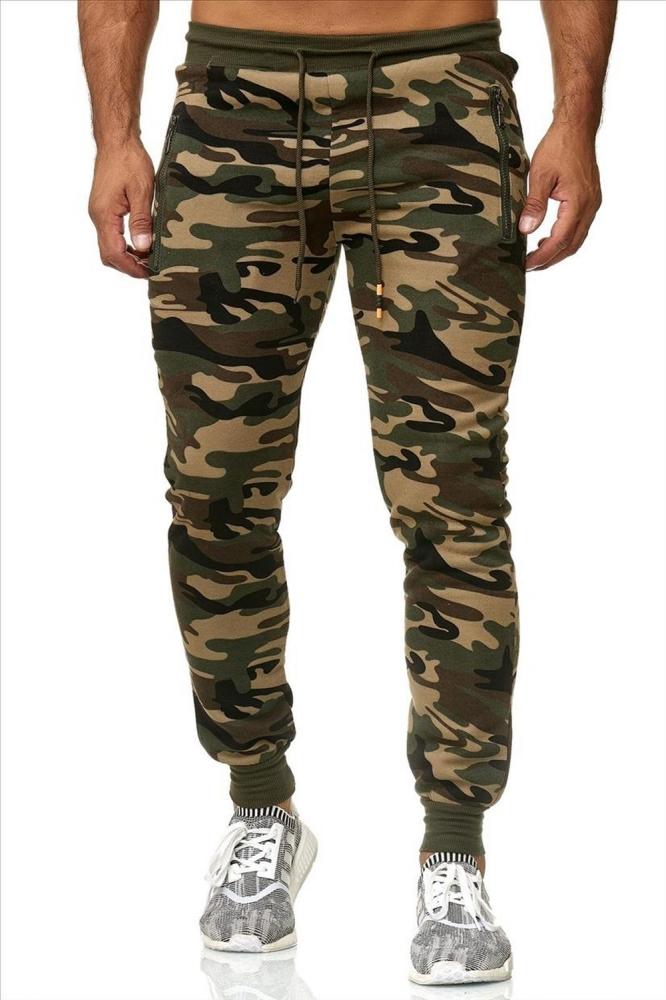 Mergi la Pantaloni sport barbati cinc x0686 camo verde